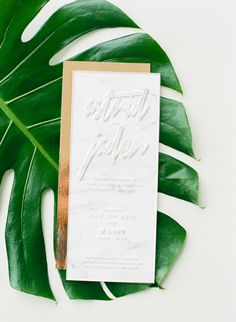 Acrylic wedding invitation with gold backing: Photography: Ruth Eileen Photography - rutheileenphotography.com/   Read More on SMP: http://www.stylemepretty.com/2016/08/10//