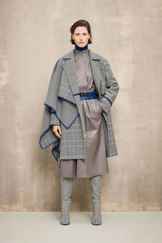 Sfilata Agnona Milano - Pre-Collezioni Autunno-Inverno 2018-19 - Vogue