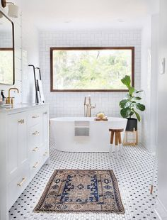 Black and white hexagon shaped mosaic bathroom tile.