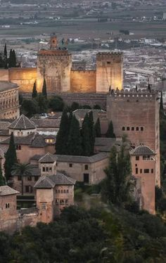 Granada Spain, European Countries, Towers, Castles, Paris Skyline, Buildings, Around The Worlds, Mansions, Landscape