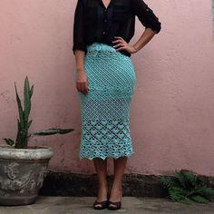 "penelopepelegrini Diz pra gente se essa ""Midi"" não ficou um arraso!!!! #croche #crochet #handmade #feitoamao #saia #skirt #crochetskirt #saiadecroche #midi #saiamidi #crochetaddict #belohorizonte #brasil #moda #fashion #artesanatobrasileiro #artesanato #modafeminina #"