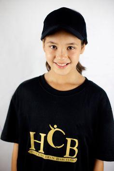 http://www.helpchildrenbcn.com/product/camiseta-hcb/