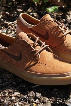 Them brown Nike ! Make you wanna just do it with style !