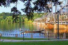 Gondola Romantica in Stillwater, Minnesota  #historicstillwater #liftbridge #onlyinmn