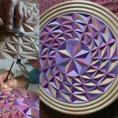 Passos do entalhe da mandala Espiral em cedro e pintura com lápis aquarelavel. Ano 2014
