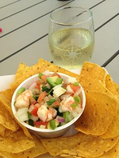 At @DablonWinery enjoying a lovely Riesling w/ @BajaGringoTaco ceviche & @TreadingBleu's gr8 music!  @arcadiagardens