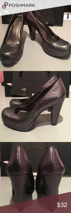 Calvin Klein scarlet metallic heels. Size 4. Calvin Klein scarlet metallic heels. Size 4. Grey/graphic color. Crinkle metallic detail. Great condition. No trades. Consigned at my boutique. rack Calvin Klein Shoes Heels