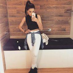 Amanda Pontes ✌ looks !