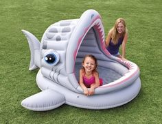 2016 hot sale Inflatable paddling pool cartoon shark shade infant sandbox ball pool baby children Swimming Pool
