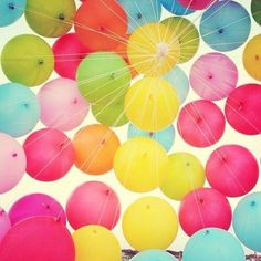Not a birthday without balloons! Beautiful Tumblr, Love Balloon, Colourful Balloons, Happy Colors, Color Of Life, Birthday Balloons, Belle Photo, Rainbow Colors, Party Time