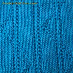 Broken and Straight line knitting stitches
