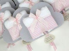Detalles utiles baby recuerdos pinterest utiles for Oficina 2904 la caixa