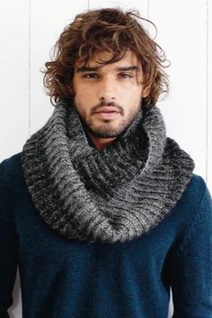Who else would love to be this scarf? ;) Keep your man cosy this winter with this grey snood from Next.