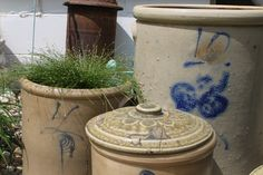 outdoor decorating with salt glaze crocks @Red Wing Stoneware by Spompinato & Co..com @Andrea Lustgraaf