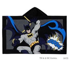 Young Batman™ fans will love this soft, hooded cape, great for keeping little Super Heroes warm and dry.