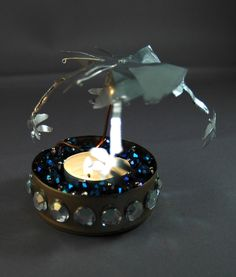 Have you ever seen these sweet spinning candle carousels? They used to be quite popular in Europe, but I've only seen them a few times in the US. I decided to try to...