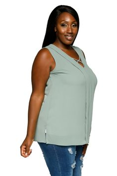 3c3baf507f1 Hadari Womens Plus Size Sleeveless VNeck Pleated Tunic Blouse Top     Want  to know more