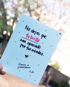 La imagen puede contener: exterior Spanish Phrases, Love Phrases, Spanish Quotes, Positive Phrases, Positive Quotes, Positive Vibes, Words Quotes, Me Quotes, Phrases About Life
