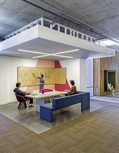Open & Informal Meeting Space in Cisco Offices by Studio O+A