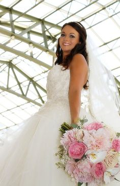 Chelsea and Brad's Wedding, #Bridalbouquet, #pink, #chateauelan