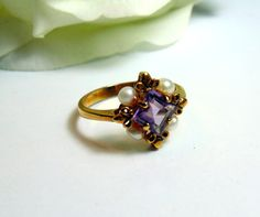 Vintage unique trillion cut light blue topaz by for Kv jewelry and loan