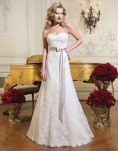 vestido de noivas dourado e vermelho - Pesquisa Google