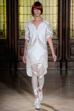 See all the Collection photos from Threeasfour Spring/Summer 2014 Ready-To-Wear now on British Vogue Spring Fashion, Fashion Show, Conceptual Fashion, Geometric Fashion, Looks Street Style, 3d Prints, Beige, Spring Summer, Spring 2014