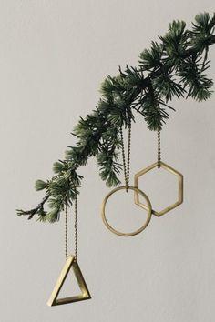 Ferm Living Shop — Brass Ornament (Circle)