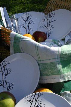 BERDANDBEE - Hand painted plates