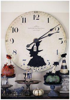 Little Lovables: Treasures in Fall Decorating Halloween Witch Clock Halloween Mantel, Modern Halloween, Holidays Halloween, Vintage Halloween, Halloween Crafts, Halloween Decorations, Halloween Ideas, Halloween Party, Halloween Stuff
