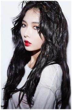 Celebs with black hair - #long #hairstyle #black #korean #hair korean long hairstyle black hair Hyuna Red, Kim Hyuna, Hyuna Hair, Triple H, Cara Delevingne, Demi Lovato, Kpop Girl Groups, Kpop Girls, Uee After School