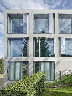 Gemeindezentrum in Belmont-sur-Lausanne / Vorhang auf - Architektur und Architekten - News / Meldungen / Nachrichten - BauNetz.de