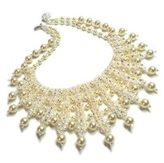 Jewelry Inspiration of DIY Elegant Necklace with Pearls and Glass Beads Everyone can create her own handmade elegant necklaces with pearl be...