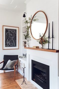 Here Are Six Fireplace Mantel Styling Tips To Decorate Your * hier sind sechs styling-tipps für kaminverkleidungen, um ihre zu dekorieren * voici six conseils de style de manteau de cheminée pour décorer votre Living Room Inspiration, Home Fireplace, Interior Design Living Room, Fireplace Mantels, Fireplace Design, Fireplace Mantle Decor, Home Decor, House Interior, Room Decor