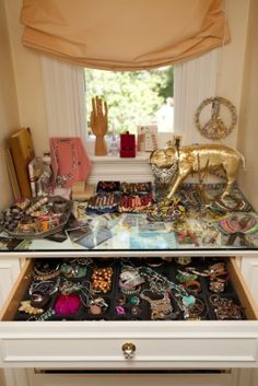Love this golden pig - plus the whole jewelry drawer!!