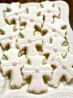Crucifix or Cross Cookies with Blossom Accent for Christening or First Communion, 12 Pieces Cross Cookies, Star Cookies, Royal Icing Cookies, Cupcake Cookies, Baby Cookies, Christening Cookies, Wedding Cake Cookies, Chocolate Crinkles, Fondant Decorations