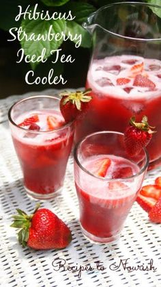 Hibiscus Strawberry Iced Tea Cooler is the perfect drink for rehydrating. Full of flavor + not too sweet.