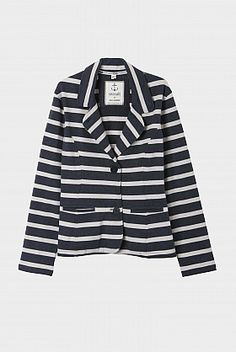 Sustainable and ethical fashion in the sales - jacket by Seasalt Cornwall Dress Up Boxes, Cool Style, My Style, Ethical Fashion, Cornwall, Outerwear Jackets, Dressing, Blazer, White Stuff