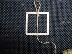 Déco // Cadre en bâtonnets de bois - by Ma Lae