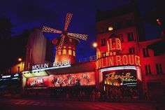 Theatre is another thing the French do exceptionally well. | 30 Excellent Reasons To Move To France Immediately