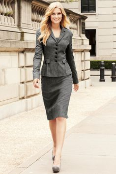 - toni garrn dress for work success in 2019 fashion, skirt suit, office fas Business Outfits, Business Attire, Office Outfits, Business Fashion, Business Women, Office Fashion, Work Fashion, Cheap Fashion, Fashion Boots