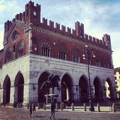 #Piazza dei Cavalli in Piacenza, Emilia-Romagna