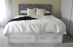 White Queen Bed With Drawers Underneath Bed Frames King Size Bed With Storage Drawers Underneath White. Queen Size Bed With Drawers Underneath And Storage On The. Best Queen Platform Bed With Storage Drawers Bedroom Ideas. Queen Size Storage Bed, Diy Storage Bed, Bed Frame With Storage, Bedroom Storage, Storage Drawers, Creative Storage, Extra Storage, Ikea Stolmen, Home Bedroom
