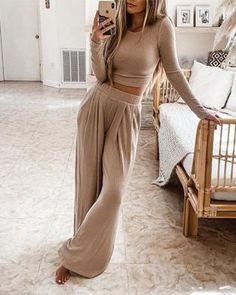 Long Tops, Long Sleeve Tops, Mode Outfits, Fashion Outfits, Fall Fashion, Hot Suit, Mode Online Shop, Loungewear Set, Wide Leg Pants
