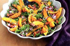 Het zoete van geroosterde pompoen, het knapperige van de pitjes en het zurige van de balsamico: een salade met pit! Pompoensalade - Recept - Allerhande