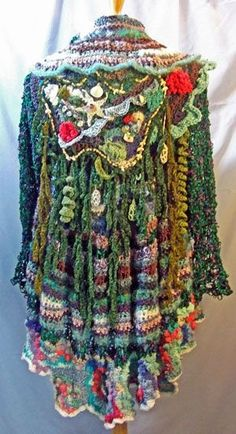 Atlantis-inspired freeform crochet by Barbara Wunder Hynes by Banphrionsa