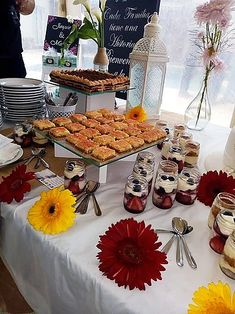 IMG-20181001-WA0011 Catering, Table Settings, Table Decorations, Furniture, Home Decor, Decoration Home, Catering Business, Room Decor, Gastronomia
