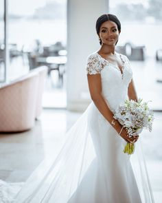 We are still crushing on wedding ceremony. The bride, Teleola hit us back to back with her four stunning outfits Wedding Dresses For Girls, Wedding Dress Trends, Bridal Wedding Dresses, Bridal Outfits, Wedding Blog, African Lace Dresses, African Fashion Dresses, Bridal Poses, Classic Wedding Dress