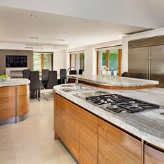 10 Of The Best Working Family Kitchen Ideas - Large family kitchen/diner