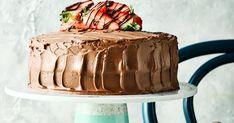 Two Layer Chocolate Fudge Cake Dairy Free Chocolate Cake, Chocolate Fudge Cake, Vegan Chocolate, Cake Recipes Uk, Sweet Recipes, Vegan Recipes, Cake Brownies, Brownie Cake, Vegan Baking